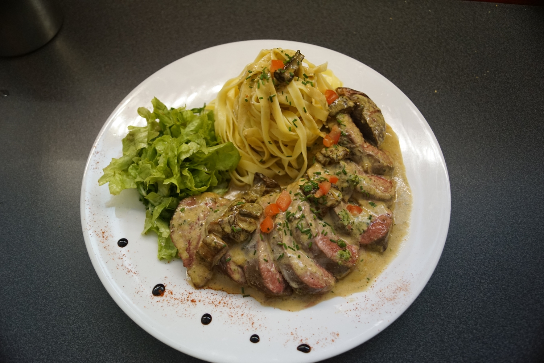 Restaurant italien limoges la gondole Filetto di anatra i porcini
